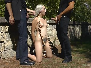BDSM torture, fucking and regurgitate humiliation be advantageous to Liz Rainbow