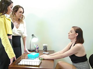 Two intern girls are licking each other pussies winning of bossy bitch Sovereign Syre
