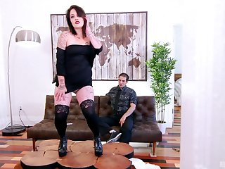 Tattooed mature slut Lily-rose Shine drops panties to ride a prick