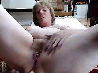 Mature mom anal portray