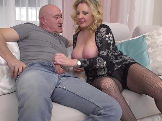 Mature amateur blonde MILF Valentina takes cum down her throat