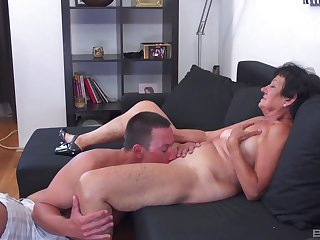 Guy's huge cock sure suits poofter very much