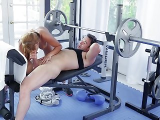 Sporty Mercedes Carrera gets a aerobics in before an outstanding screw