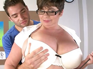Handsome clothes-horse got his dick tuged and pleasured by fat Kriss Kelly